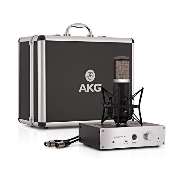 AKG P820