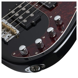 Schecter Diamond-P Plus Bass Guitar