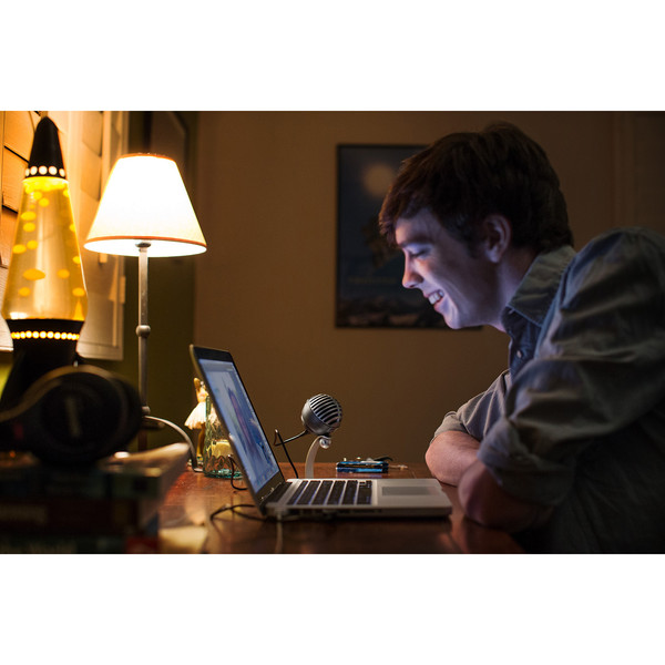 Shure MV5 MOTIV Digital Condenser Mic, Mac, PC, iPhone, iPad, Black
