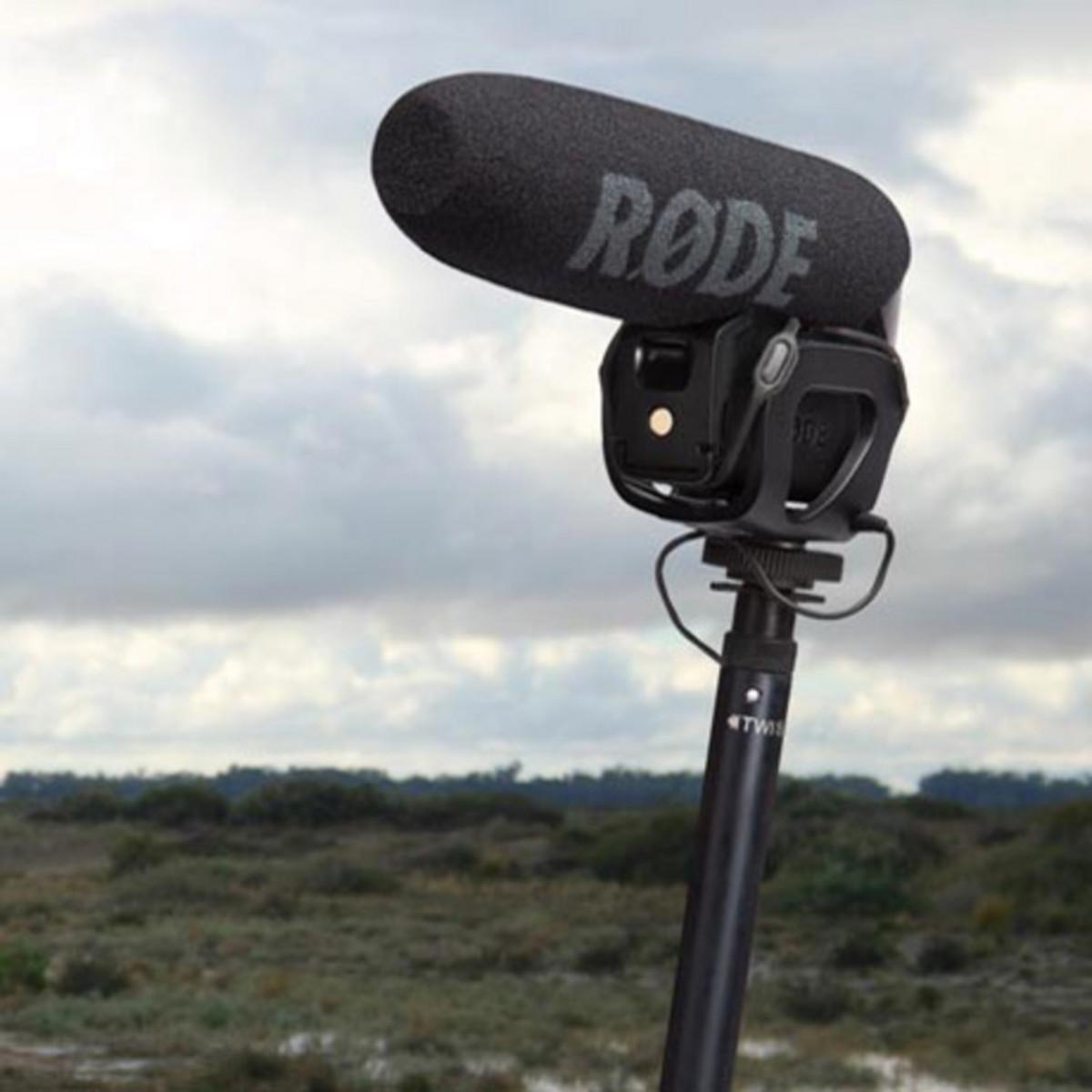 1911176a03c3 Rode Micro Boompole. Loading zoom