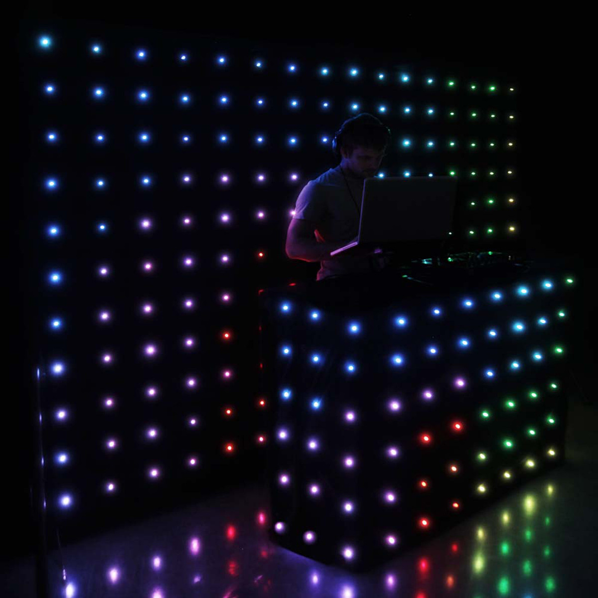 Cameo Dropix 176 LED Curtain With Matrix Effects Loading Zoom