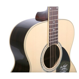 Greg Bennett GOM-100RS Acoustic Guitar, Natural