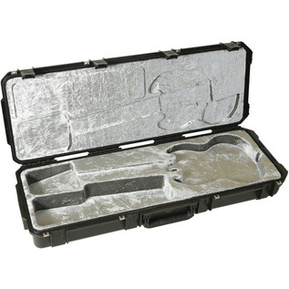 iSeries Injection Moulded SG Type Flight Case w/wheels - Angled
