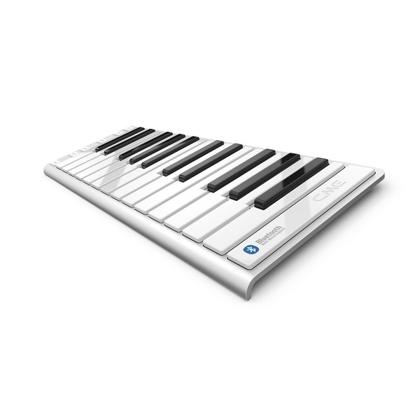 CME Xkey Air 25 Bluetooth Controller Keyboard - Angled 2