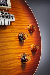 Line 6 JTV-59 James Tyler Variax Guitar In Cherry Sunburst