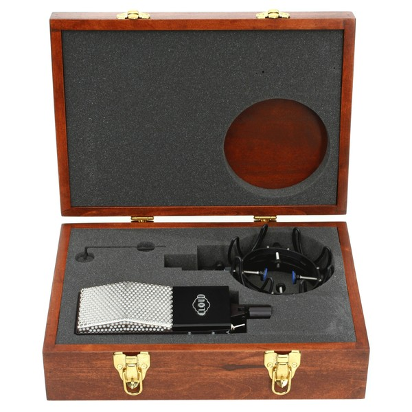 Cloud 44-A Active Ribbon Microphone Open Case