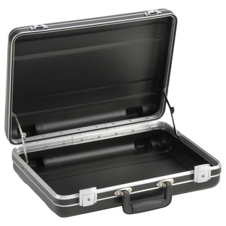 SKB Luggage Style Transport Case (1712-02) - Angled Open