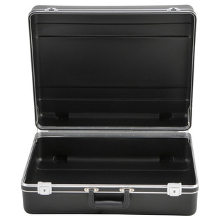 SKB Luggage Style Transport Case (2218-01) - Front Open