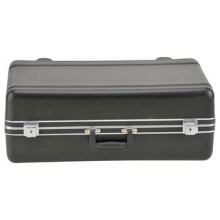 SKB Luggage Style Transport Case (2218-01) - Front Closed