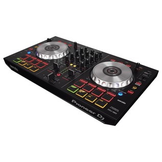 Pioneer DDJ-SB2 with Upgrade to Serato DJ - Pioneer DDJ-SB2 Angled View 2