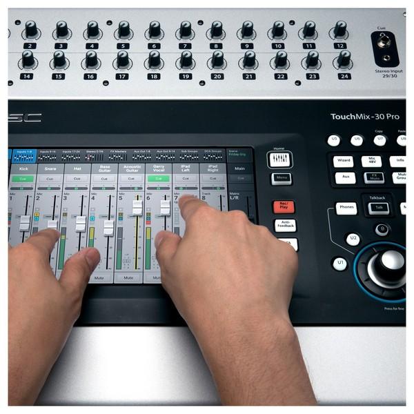 QSC Touchmix 30 Pro Digital Mixer, Close