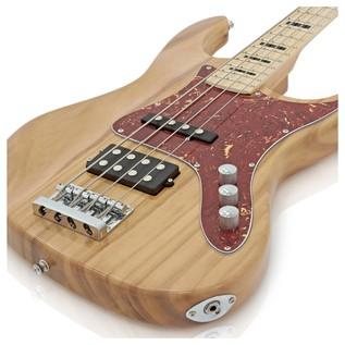 Milwaukee Bass Guitar + SubZero V35B Amp Pack