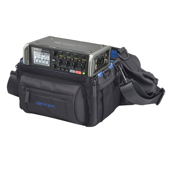 Zoom F4 MultiTrack Field Recorder with Protective Case - Bundle