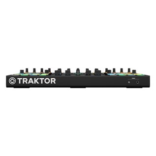Native Instruments Traktor Kontrol S5 with Denon DN-308 Monitors - Kontrol Front