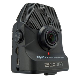 Zoom Q2n Handy Video Recorder - Angled