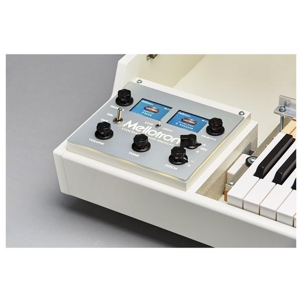 Mellotron M4000D, White - Detail