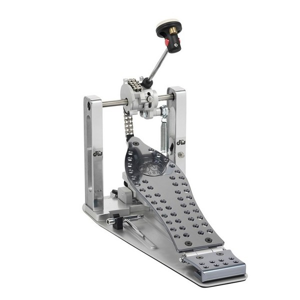 DW Drums Machined Chain Drive Single Bass Drum Pedal