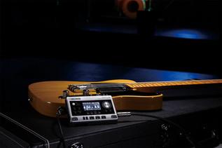 br-80_guitar_case_gal