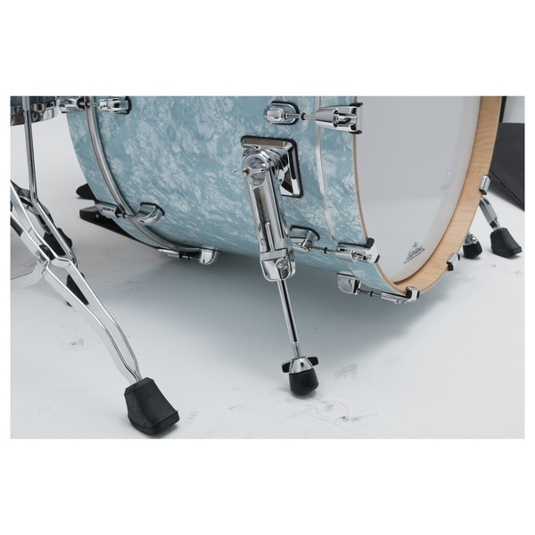 Tama Starclassic Performer shell pack ice blue pearl bass drum legs