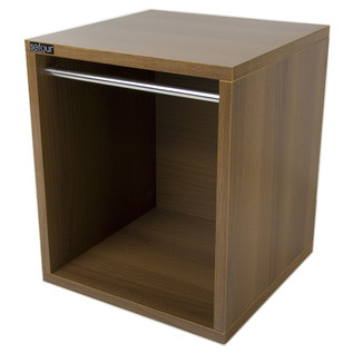 Sefour Carry Box for 115 Records, Tobacco Walnut - Front Angled