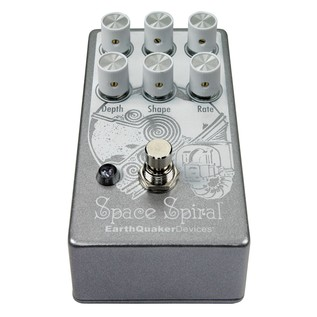 Earthquaker Space Spiral Delay