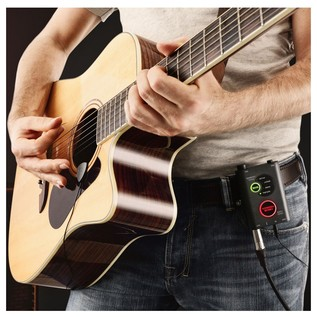 IK Multimedia iRig Acoustic Stage - Lifestyle