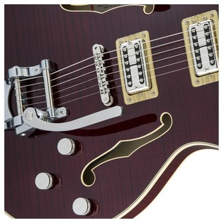 Gretsch G6609TFM Player's Edition Broadkaster Center Block, Cherry Close