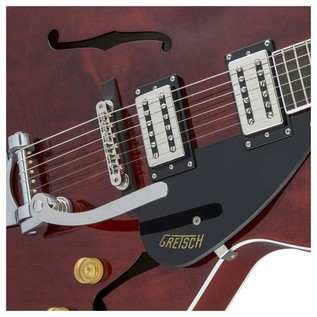 Gretsch G2420T Streamliner Hollow Body with Bigsby, Walnut Stain Close