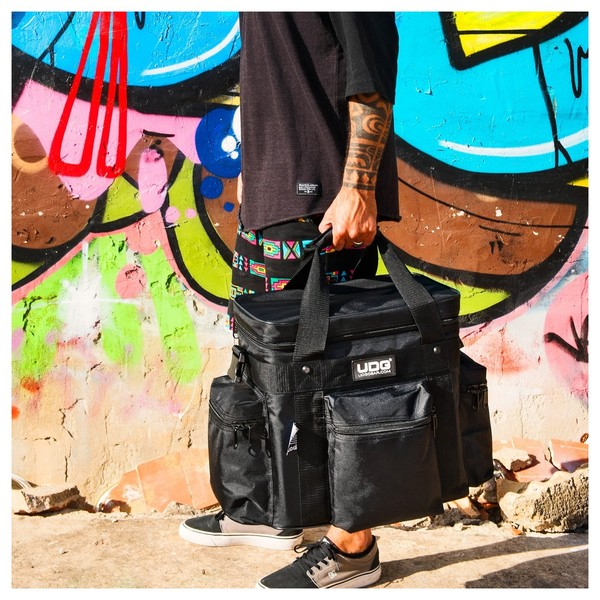 UDG Ultimate SoftBag LP 60 Small Black - Lifestyle