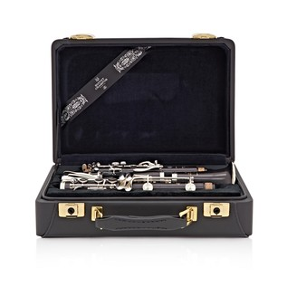 Buffet R13 Professional Bb Clarinet Outfit