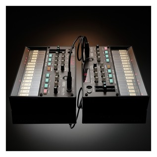 Korg Volca FM Digital Synthesizer With Modal CRAFTsynth - Volca Lifestyle 3