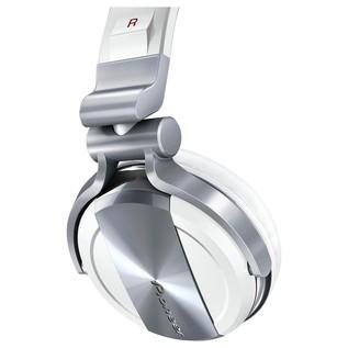 Pioneer HDJ 1500 Professional DJ Headphones, White - Close Up