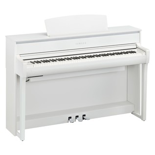 Yamaha CLP675 Piano Side