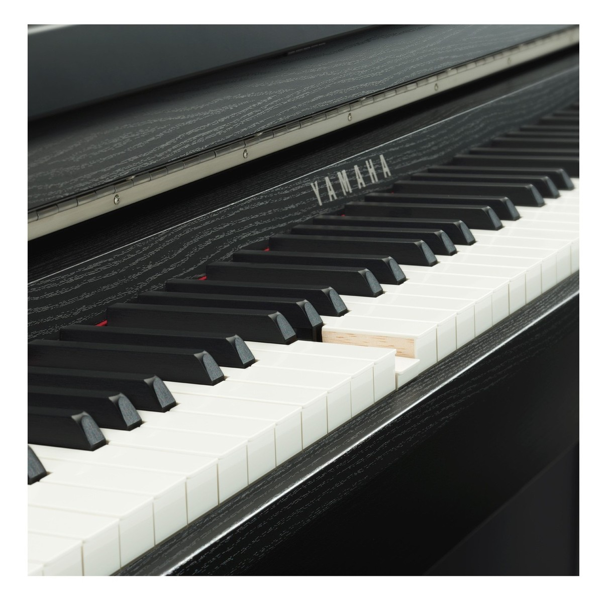 yamaha clp 685 digital piano package satin black at. Black Bedroom Furniture Sets. Home Design Ideas