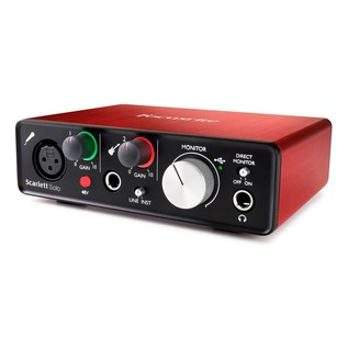 Focusrite Scarlett Solo and Subzero SZC-400 Pack (2nd Gen) - Interface Angled 2