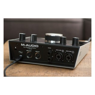 M-Audio M-Track 2x2M Audio Interface With SZ-7080 Headphones - Lifestyle 7