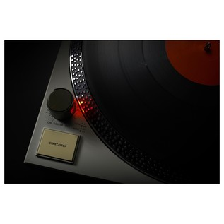 Roland TT-99 Direct Drive Turntable - Lifestyle 2