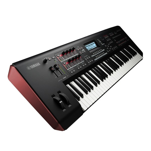 Yamaha MOXF6 Synthesizer Side