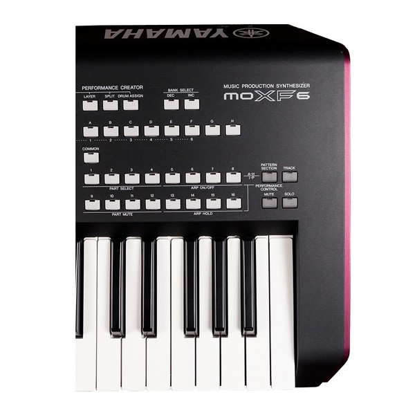 Yamaha MOXF6 Synthesizer with Stand