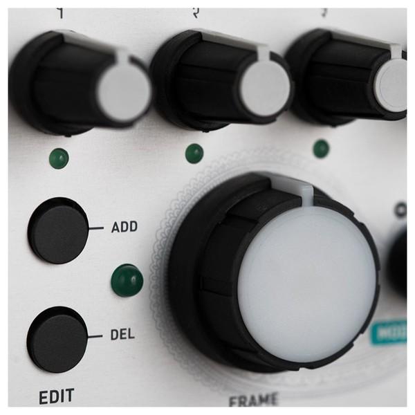 Mutable Instruments Frames Mixer/Keyframer
