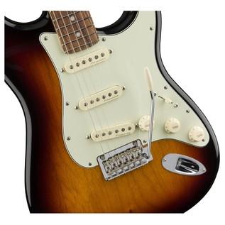 Fender Deluxe Roadhouse Stratocaster, Pau Ferro