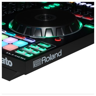 Roland DJ-505 DJ Controller - Detail 1