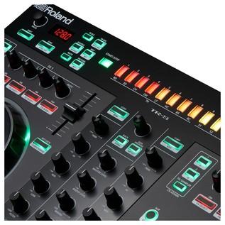 Roland DJ-505 DJ Controller - Detail 3