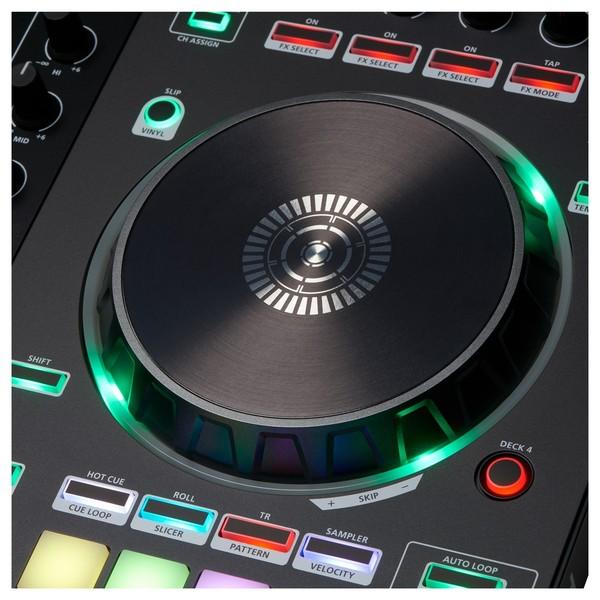 Roland DJ-505 DJ Controller - Detail 4