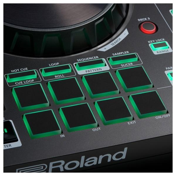 Roland DJ-202 DJ Controller - Detail 3
