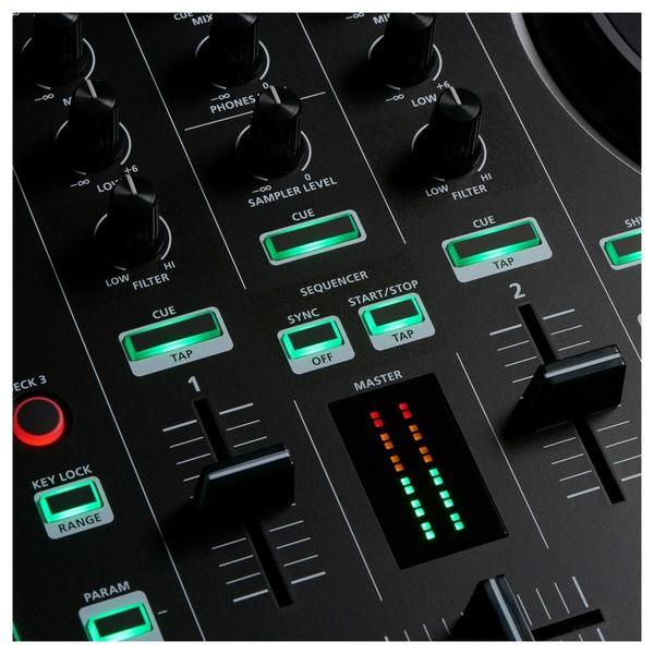 DJ-202 Serato DJ Controller - Mixer Detail