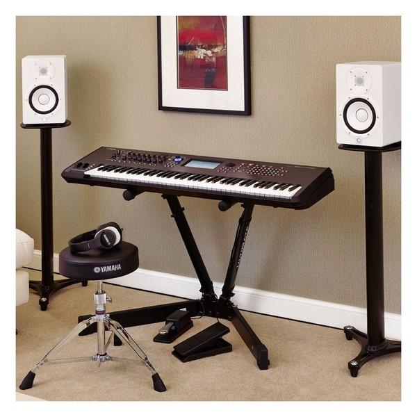 Yamaha MONTAGE 8 Synthesizer - Lifestyle