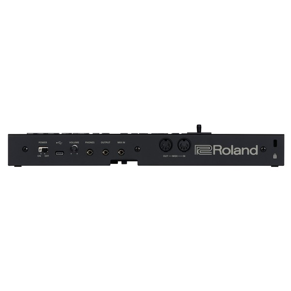 Roland D-05 Synthesizer & Step-Sequencer