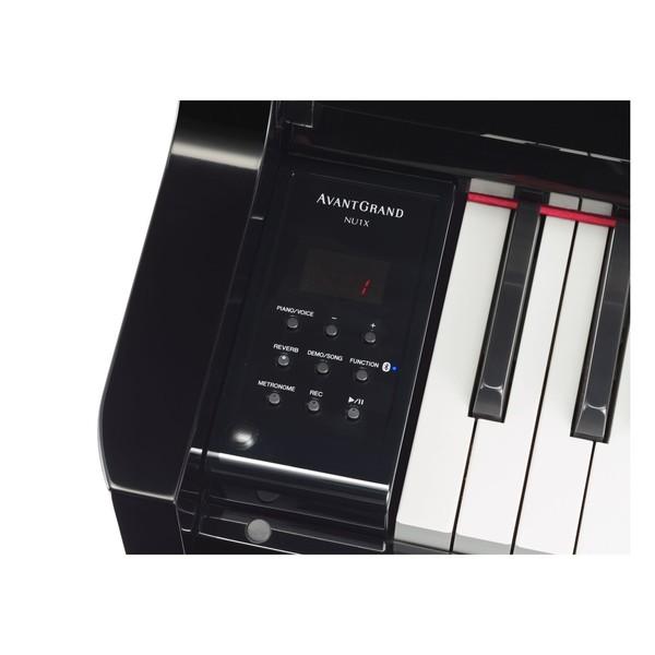 Yamaha NU1X Avantgrand Controls