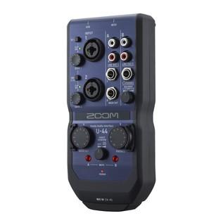 Zoom U-44 USB Audio Interface - Angled 2